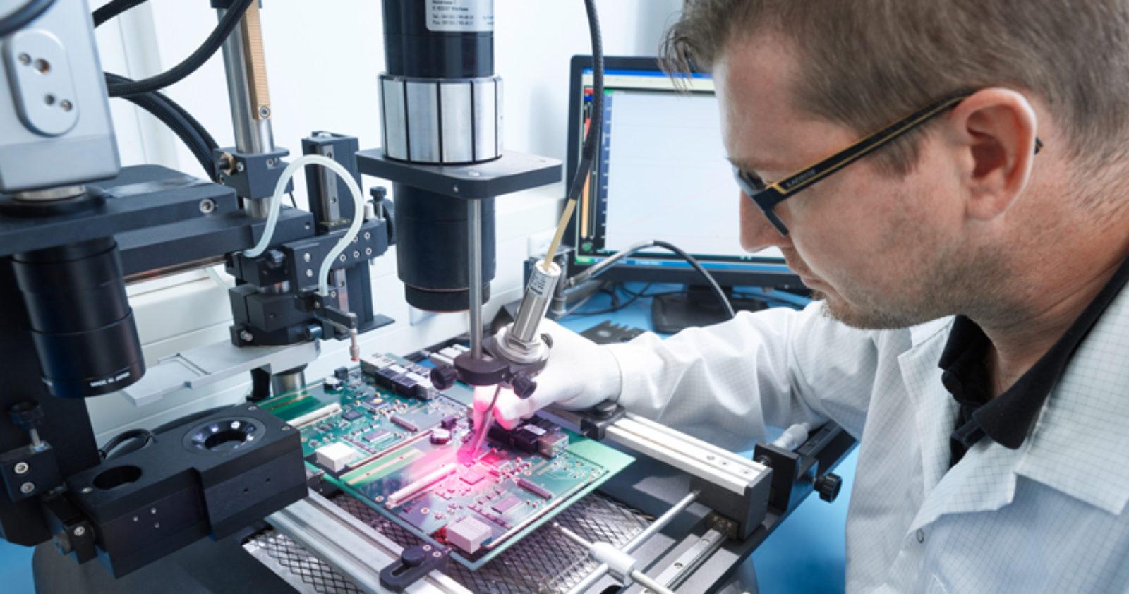 Der EMS-Dienstleisters technosert bietet umfassenden Reparatur-Service auch außerhalb der Gewährleistungsfristen.