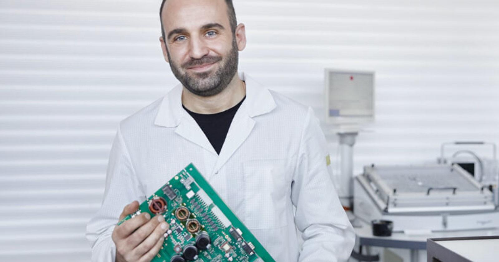 Testmethoden bis zum Funktionstest geben Sicherheit und begleiten die EMS-Serienfertigung bei Technosert.